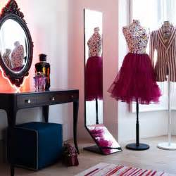 Decorating Ideas For Small Dressing Room Decorating Ideas For A Dressing Room Room Decorating