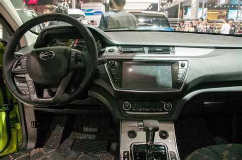 land wind interior range rover evoque vs landwind x7 copycat which is