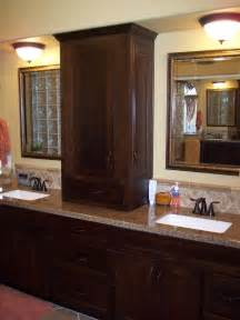 Sink Vanity With Center Tower Pin By Wilbanks On For The Home