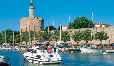 boating european canals europe boating holidays from leading boating holiday experts