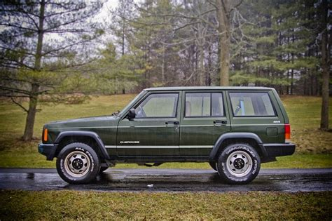 jeep 90s if i could i d totally buy a 90s i like these