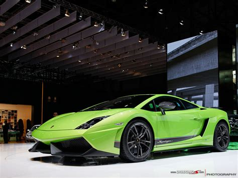 Neon Green Lamborghini Lamborghini Gallardo Neon Green Www Pixshark