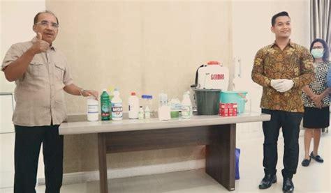 cegah corona pemkot kupang ajak kimia farma olah hand sanitizer disinfektan kumparancom