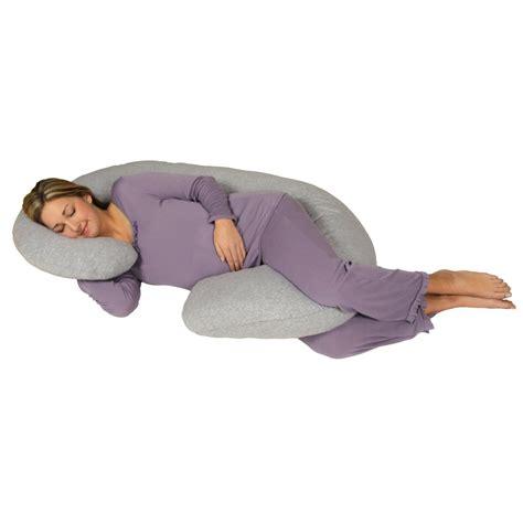 cuscino tra le gambe donna incinta dorme cuscino tra le gambe le mamme