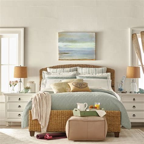25 Best Ideas About Beach Bedrooms On Pinterest Beach