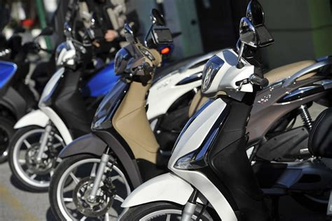 piaggio yeni liberty cc  motosiklet modelleri ve
