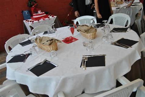 tavolo rotondo all aperto picture of agriturismo i tre