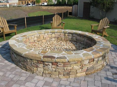 Large Firepit Best 25 Large Pit Ideas On Pit In Garden Firepit Ideas And Pit In