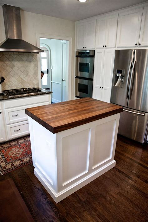 butcher block kitchen island ideas best 25 kitchen island dimensions ideas on