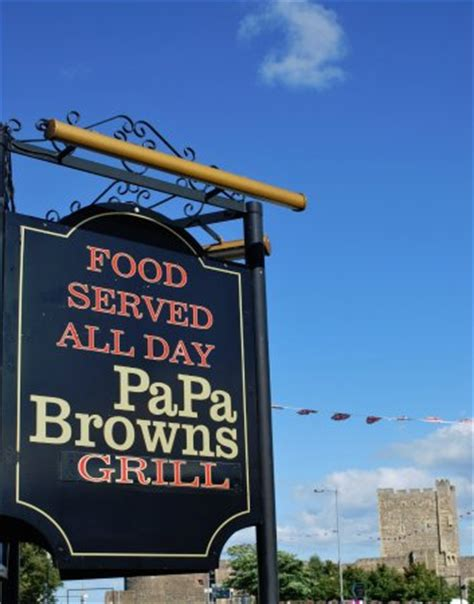 restaurants papa browns grill in carrickfergus with