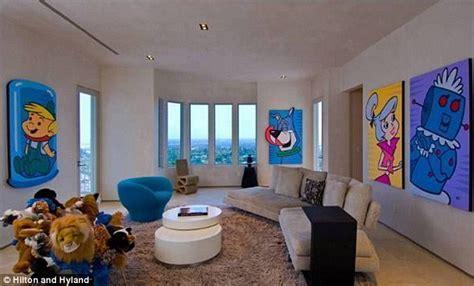 Buzz Lightyear Bedroom kanye west robbed burglars saw life size buzz lightyear
