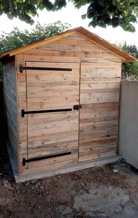 pallet garden shed  cabin easy pallet ideas