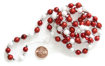 red white bead garland 3 8 quot x 36 quot