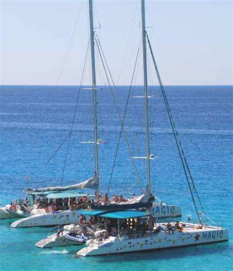 catamaran costa brava party catamaran in costa brava roses boats events