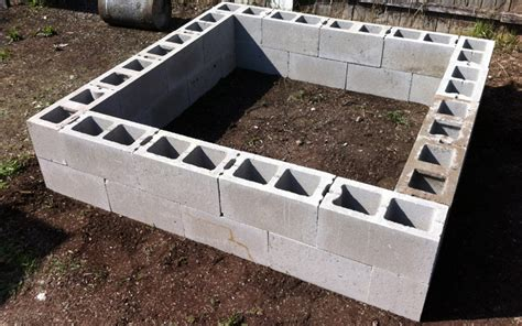 creative cinder block raised garden beds garden