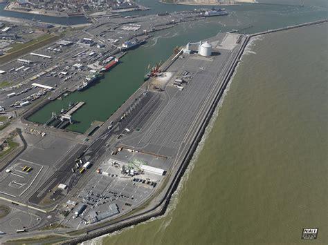 port boulogne calais port de commerce plaisance et ferry