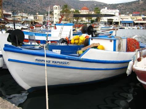 charter boat fishing greece the art of the greek fishing boat