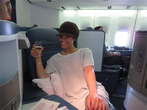 comfort on long flights fashion tips dressing comfortably for a long flight
