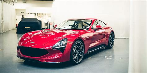tvr return 2017 tvr griffith unveiled v8 two seater marks official