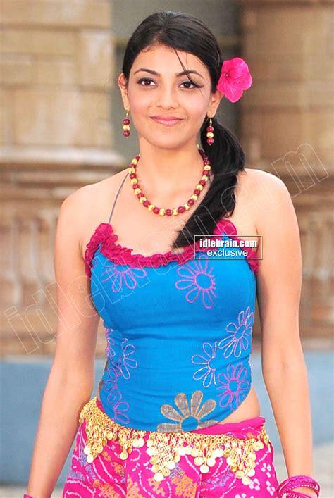 kajal agarwal new themes actress kajal agarwal sexy cleavage show actress photos