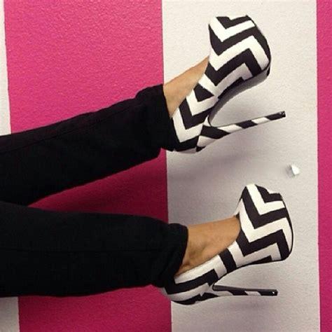 black and white chevron heels black white chevron print fabric platform pumps