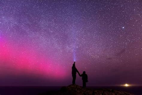 malin head northern lights shooting stars to snowy owls 17 photos that show