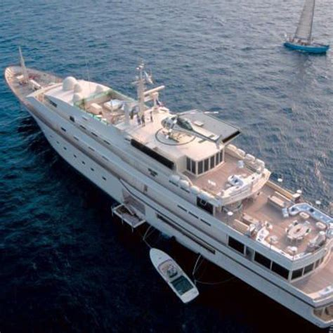 Kingdom 5kr Interior by Kingdom 5kr Yacht Photos Benetti Yacht Charter Fleet