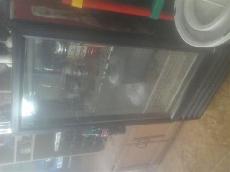 Fridge With Glass Door For Sale Single Glass Door Bar Fridge For Sale Fridges And Freezers 65070502 Junk Mail Classifieds