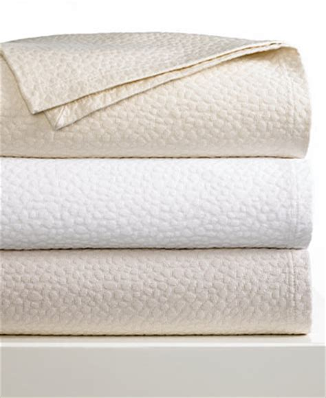 barbara barry coverlet barbara barry cloud nine coverlet collection bedding