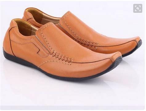 Sepatu Boot Pria Pb 33 34 model sepatu pria trend sekarang trend model baju terbaru