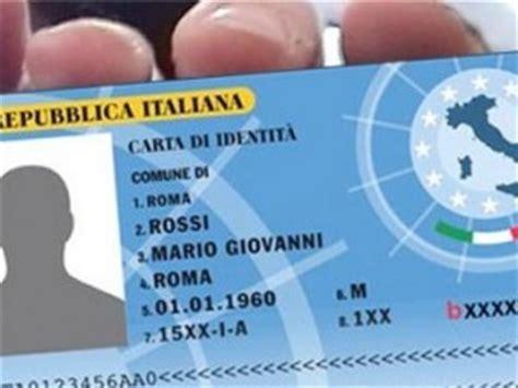 smarrimento carta di soggiorno documenti smarriti chi perde la carta d identit 224 si deve