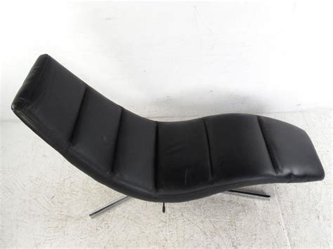 swivel chaise lounge chair modern leather chaise lounge swivel lounge chair