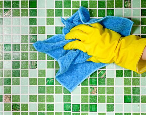 limpieza de juntas azulejos  ceramicas cleanipedia