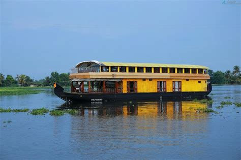 alappuzha house boat 6 bedroom deluxe alappuzha houseboat alleppey houseboat club