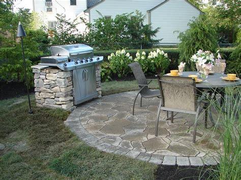 Stone grillflagstone patios a t landscape servicescolumbus oh