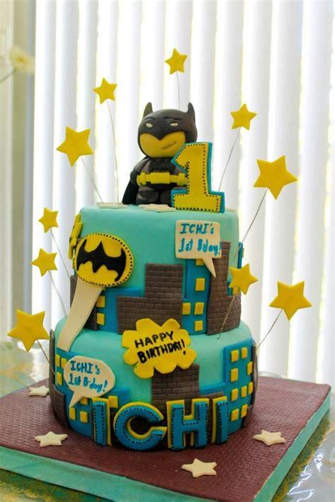 images  birthday batman theme  pinterest batman cakes barefoot  batman gifts