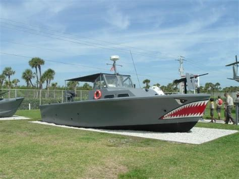 types of navy seal boats the navy seal ethos forged by adversity picture of navy