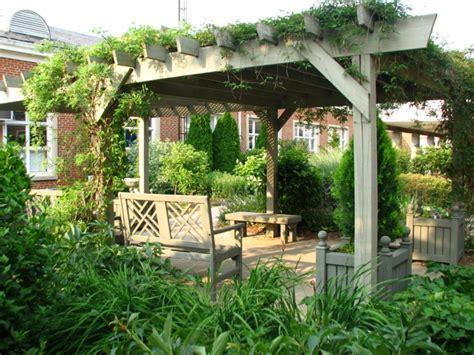 Garten Gestalten Pergola garten pergola gestalten 50 ideen f 252 r ihre sommerliche