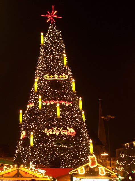 weihnachtsbaum dortmund foto bild gratulation und