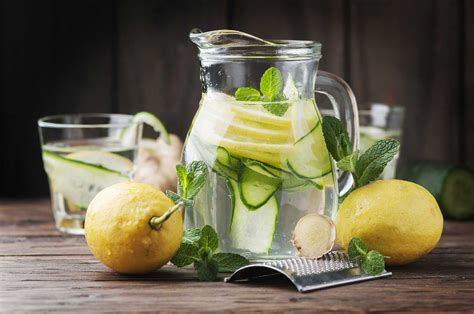 Detox Water Lemon Cucumber Side Effects by Recipe For Lemon Mint Detox Water How To Do A Detox On