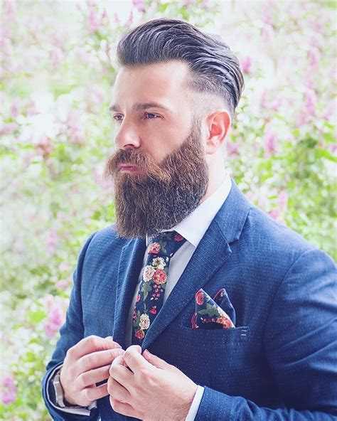 pictures womens ducktail hair styles cut ducktail beard look 3 mature yet sexy beard style