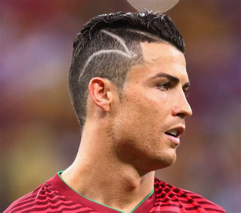 rambut aguero cristiano ronaldo got a ridiculous haircut before playing