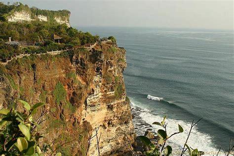 cliff bali top view of uluwatu cliff bali