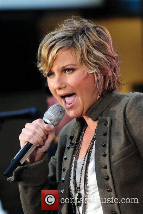 jennifer nettles short pictures to pin on pinterest