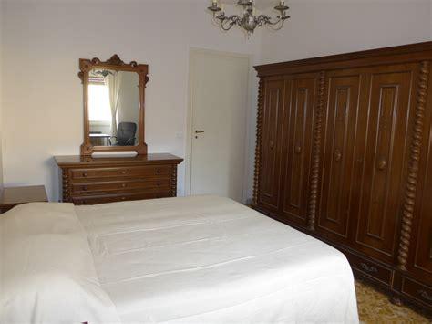 appartamenti universitari stanza con letto matrimoniale in appartamento luminoso