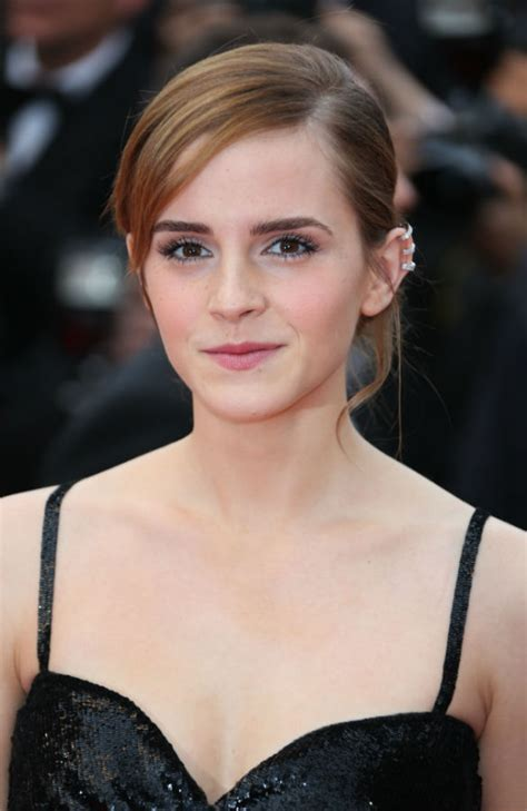 short biography emma watson holly wood stars emma watson profile biography pictures