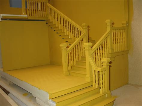 Antique Banister Late Victorian English Manor Dollhouse 1 12 Miniature