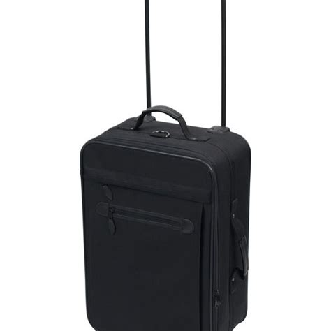 ua luggage the carry on luggage size limitations on united airlines