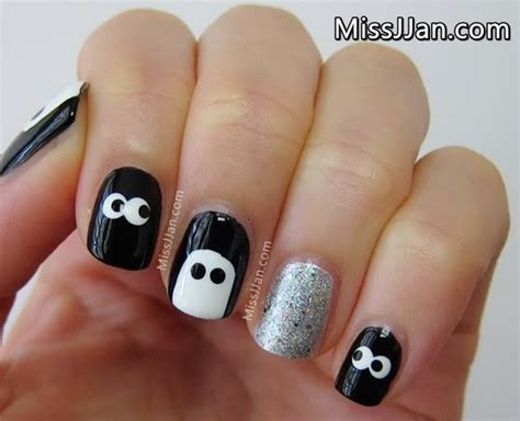 Similiar Cute Halloween Nails Keywords