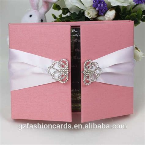 wedding invites in a box 2015 luxury unique wedding invitation box with brooch